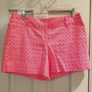 WHBM Red & White Print Short - size 6